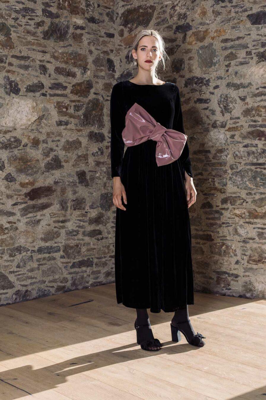 Indy Kleid Black Velvet